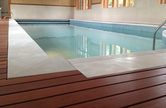 concrete pool caps